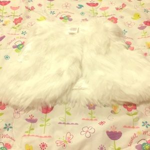 NWT Gymboree girl's faux fur vest, size S (5-6)